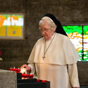 Tag der dominikanischen Familie in Bethanien Bergisch-Gladbach 14.06.2014  (c) Team Uwe Nölke | Fotografie & Film für Menschen & Unternehmen, D-61476 Kronberg, Brunnenweg 21, Tel +49 6173 32 14 13, look@team-uwe-noelke.de, www.team-uwe-noelke.de