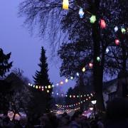 Seit Jahren sorgt die traditionelle Martinsbeleuchtung im Bethanien Kinderdorf für eine besondere Atmosphäre auf dem Martinsmarkt.