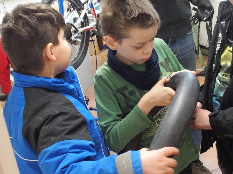 Fahrradreparatur: selber Hand anlegen